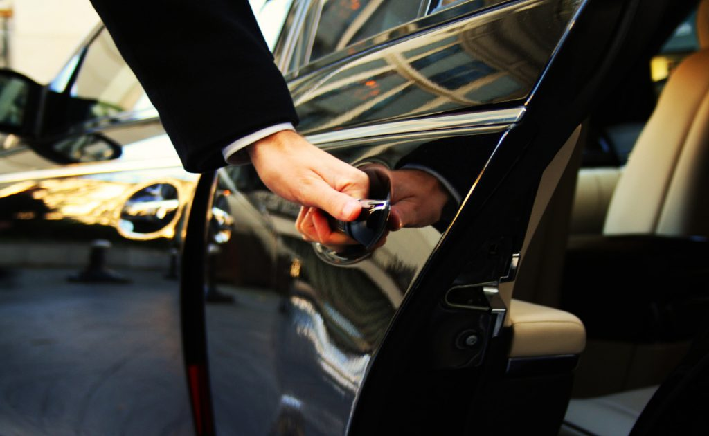 Discover What An Expert Has To Say About The Chauffeur Car Service